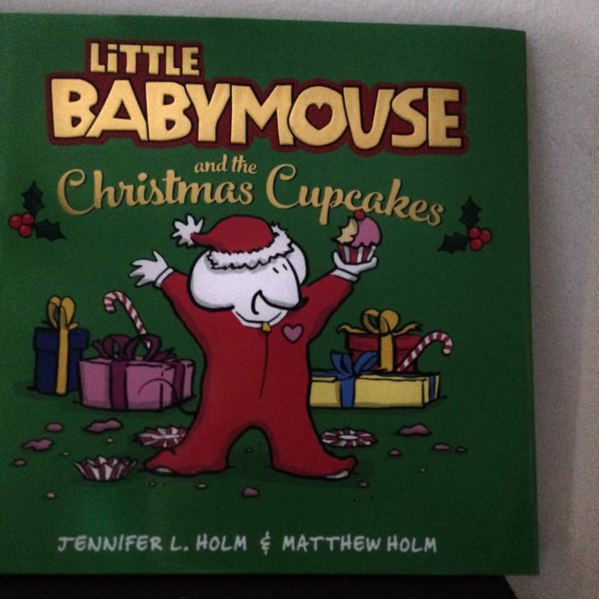 Christmas Magic with New Picture Book Features the Popular Character Babymouse