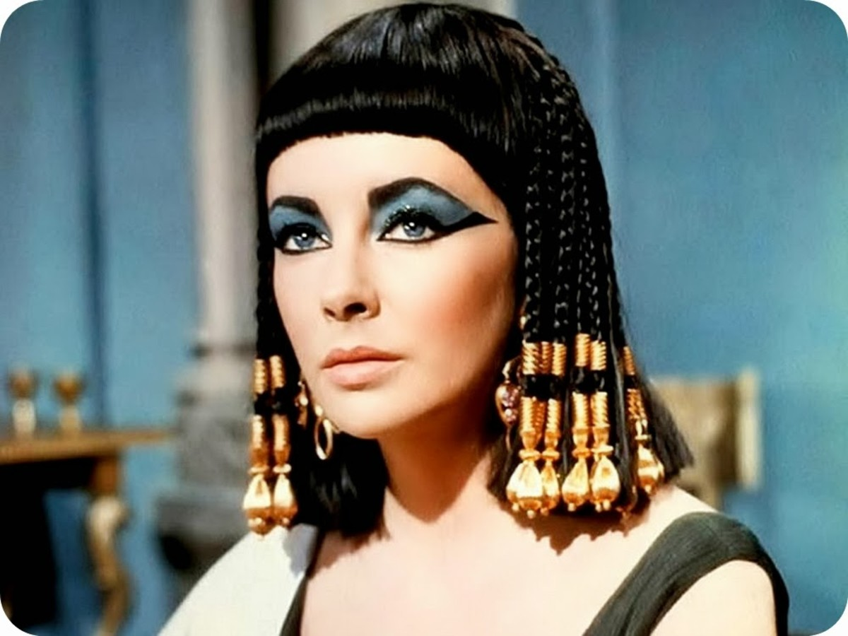 Evaluating the Influence of Egypt on Modern Day Makeup