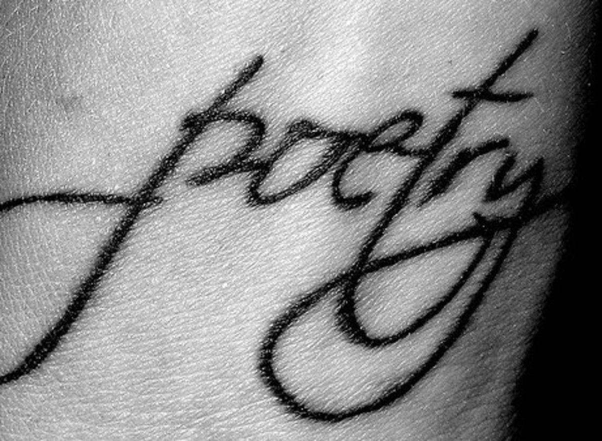 "A tatoo of the word ""poetry"" symbolizes the closeness of the art to the poet's soul."
