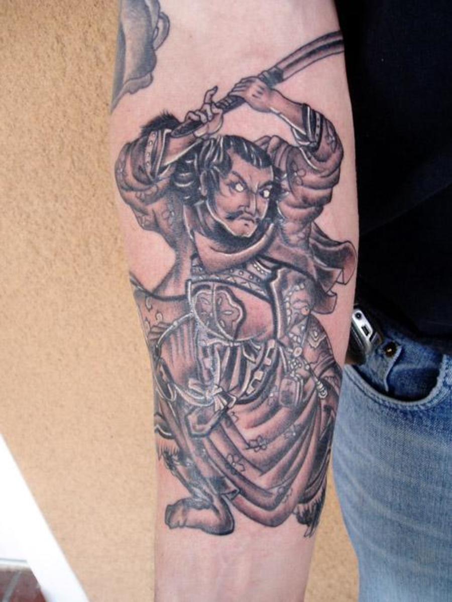 A Samurai Tattoo With Minimal Color