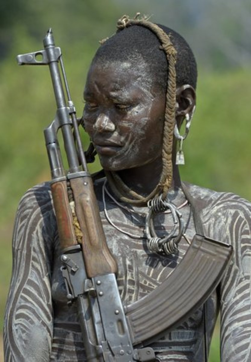 tipy-pirsinga - Традиционные Африканские Мурси Губы Пластины -  - фото