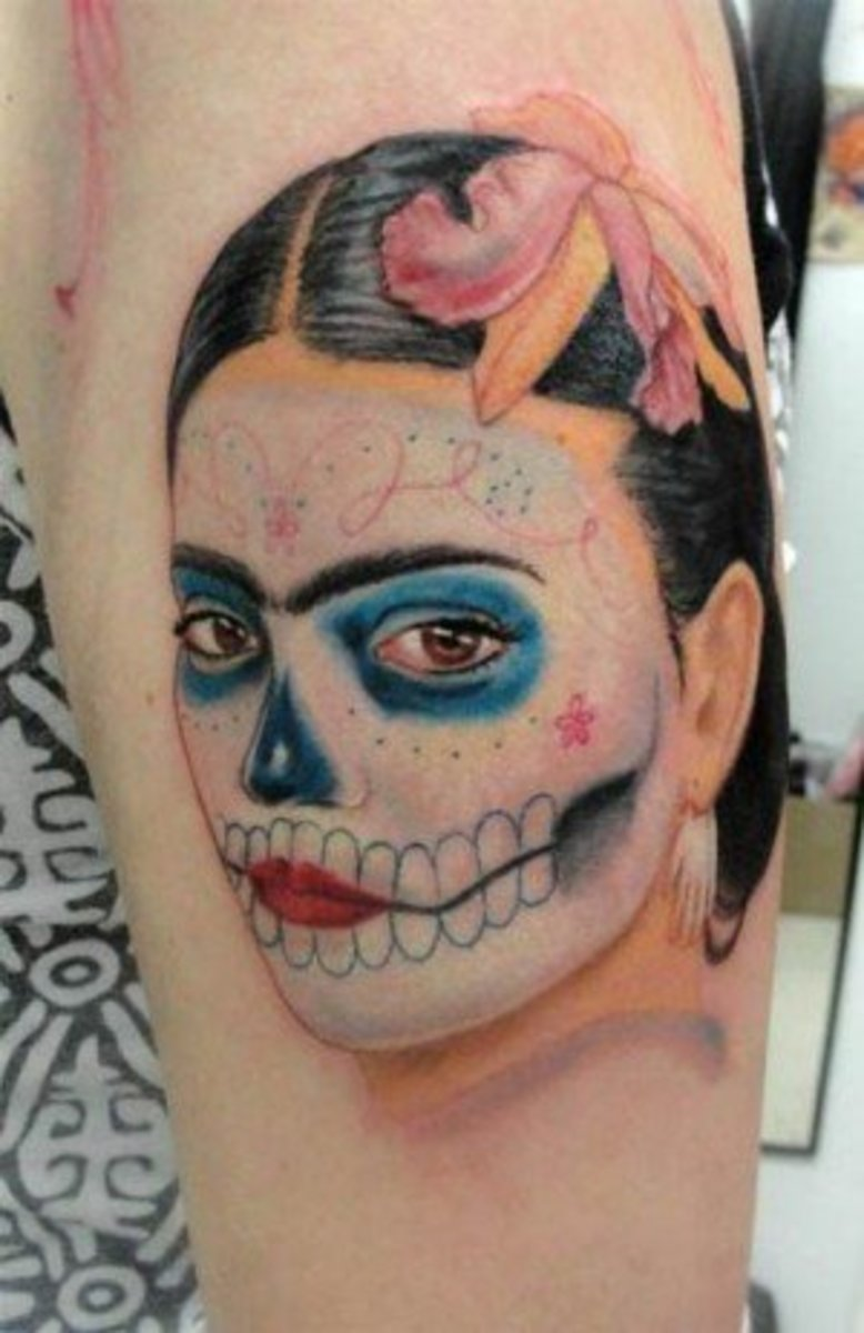 Tattoo inspired by Frida Kahlo.