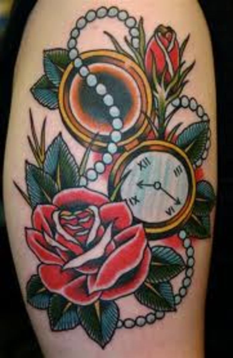 Clock with roses and pearls.