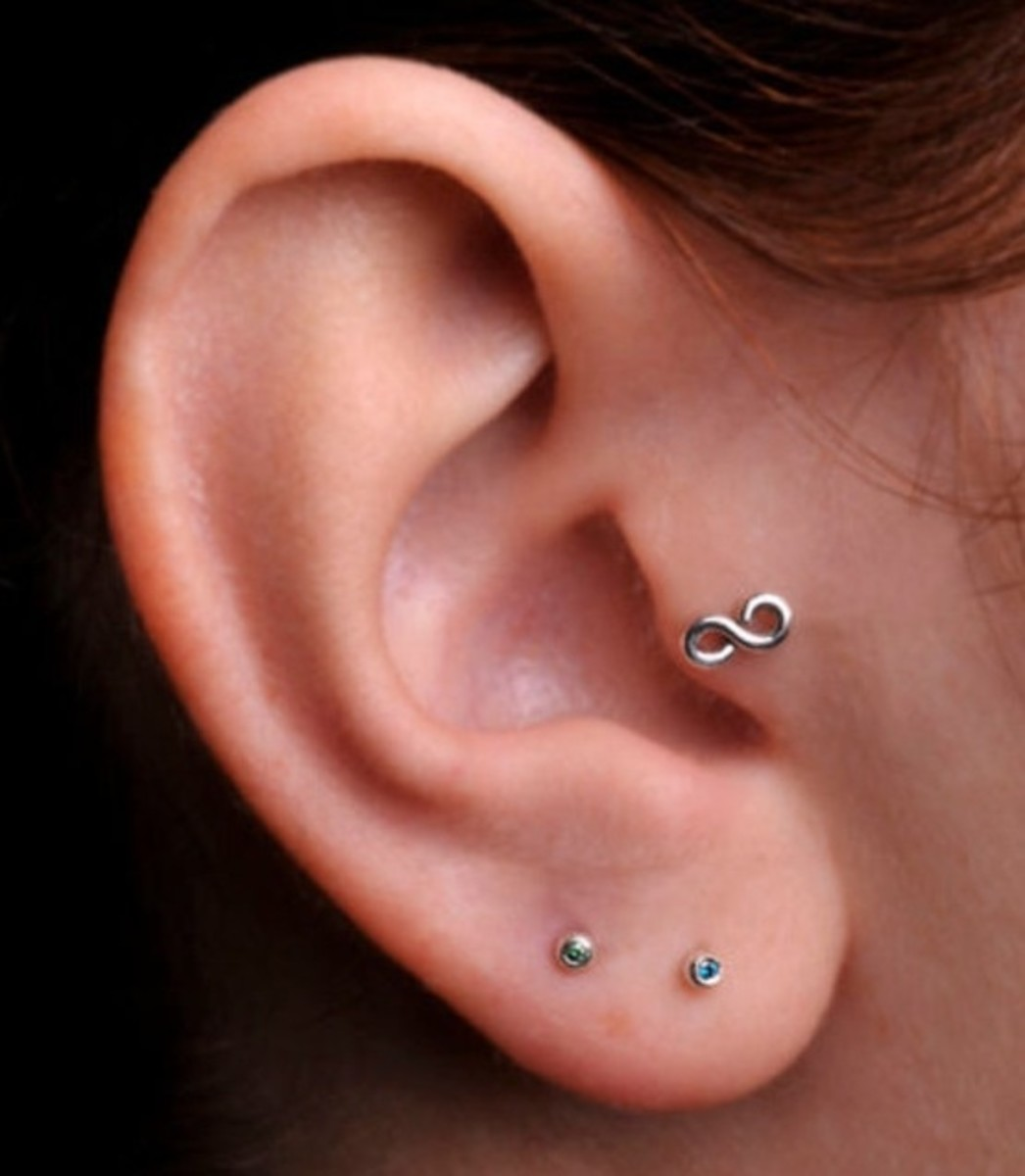 A cute and quirky tragus piercing.