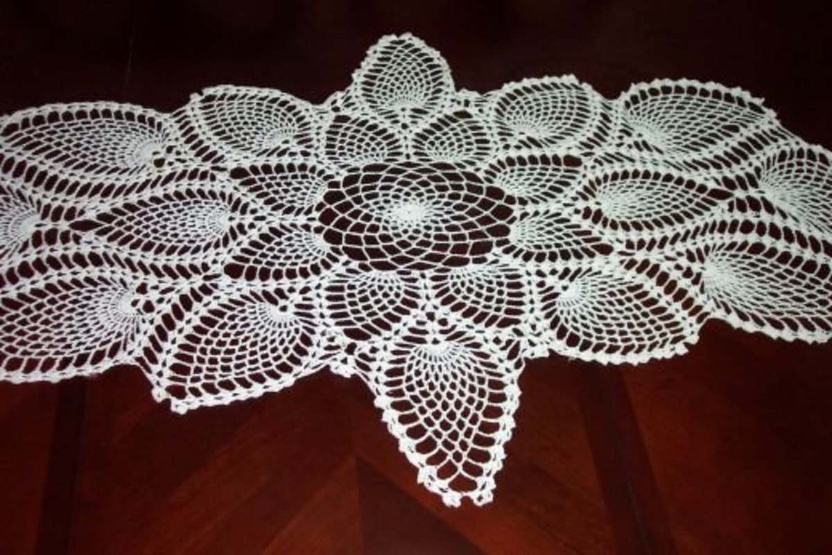 Captivating Crocheting Make Crocheted Table Runners Wall