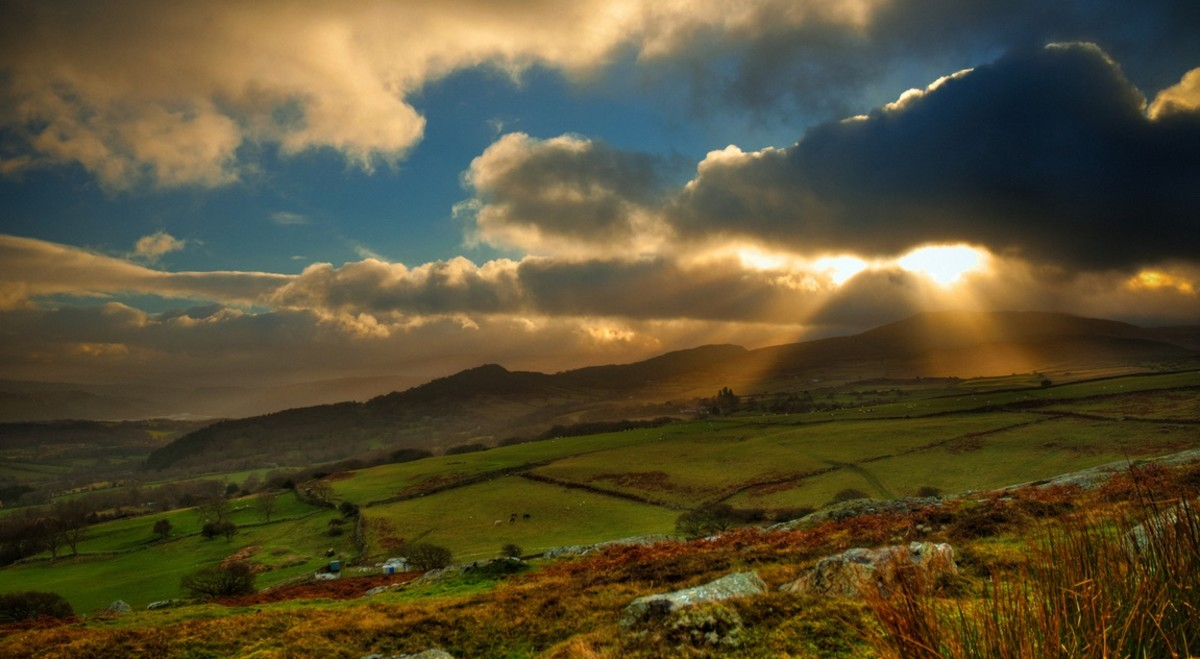 Best Traveling Locations in North and Mid-Wales, UK