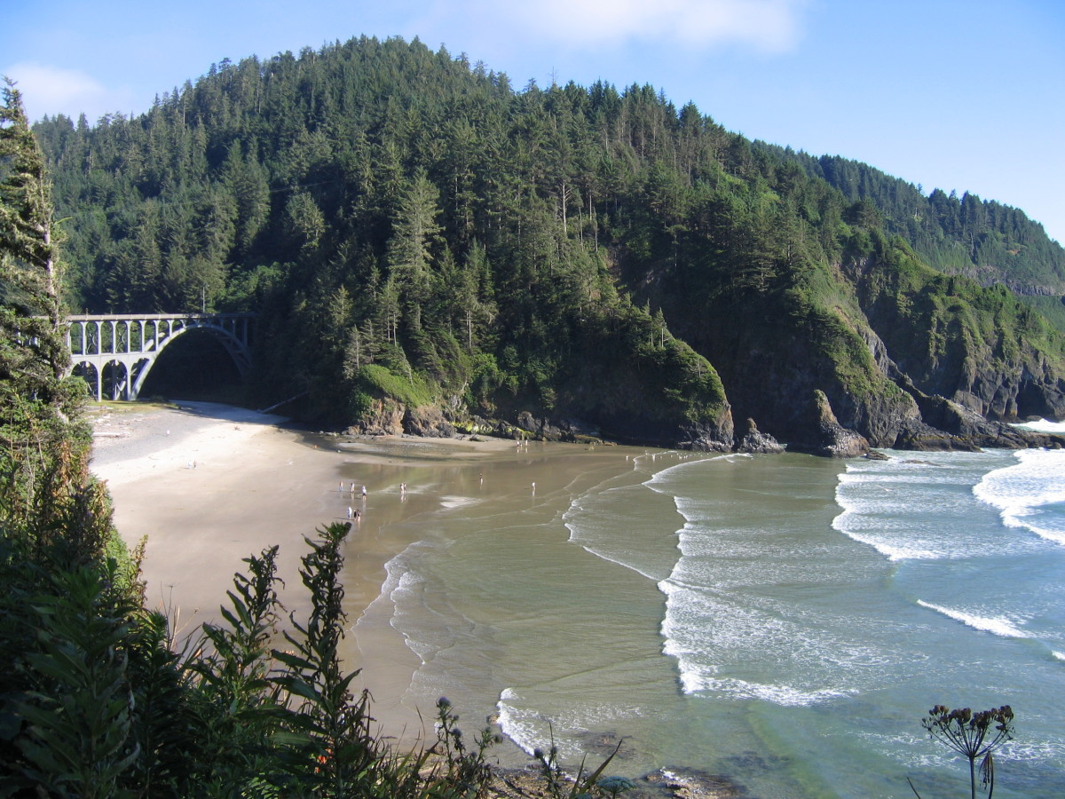 Devil's Elbow and Heceta Head Lighthouse: Oregon Coast PCH Vacation Destination