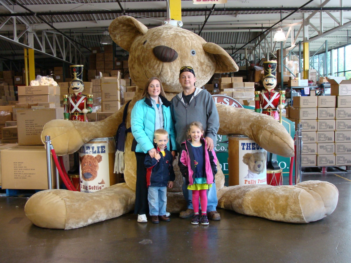 "World's largest ""real"" teddy bear makes his home at the Chelsea Teddy Bear Factory."
