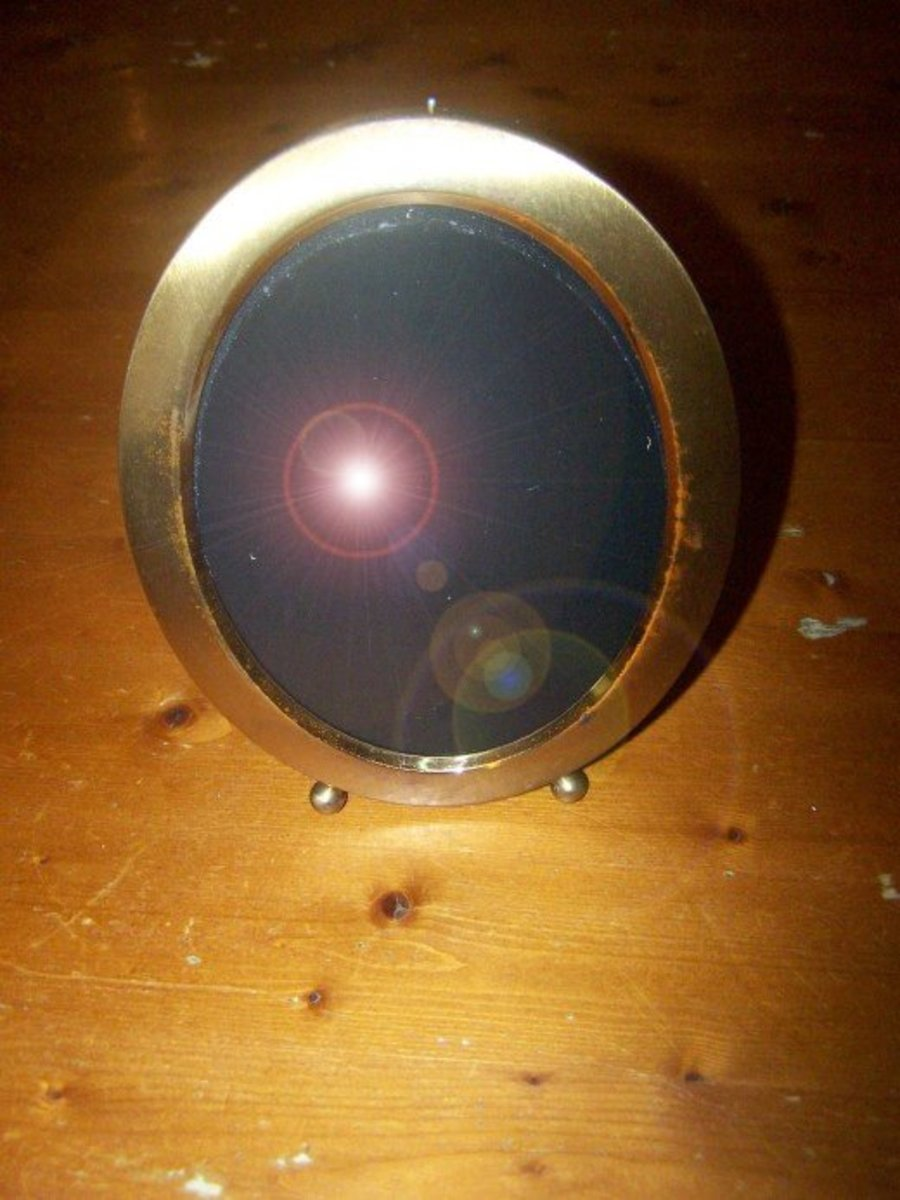 Samhain Crafts: How to Make and Use a Scrying Mirror | Exemplore