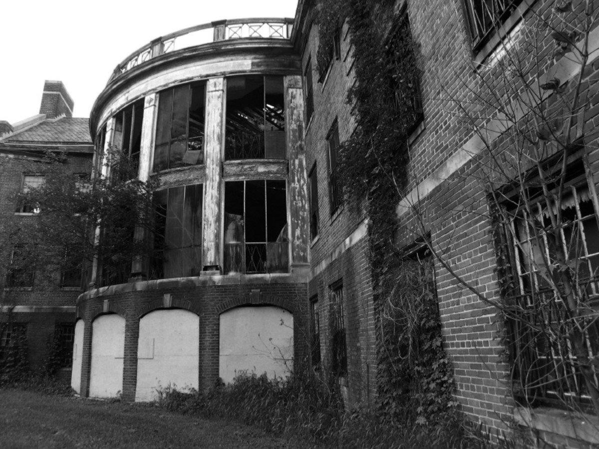 Haunted Insane Asylum