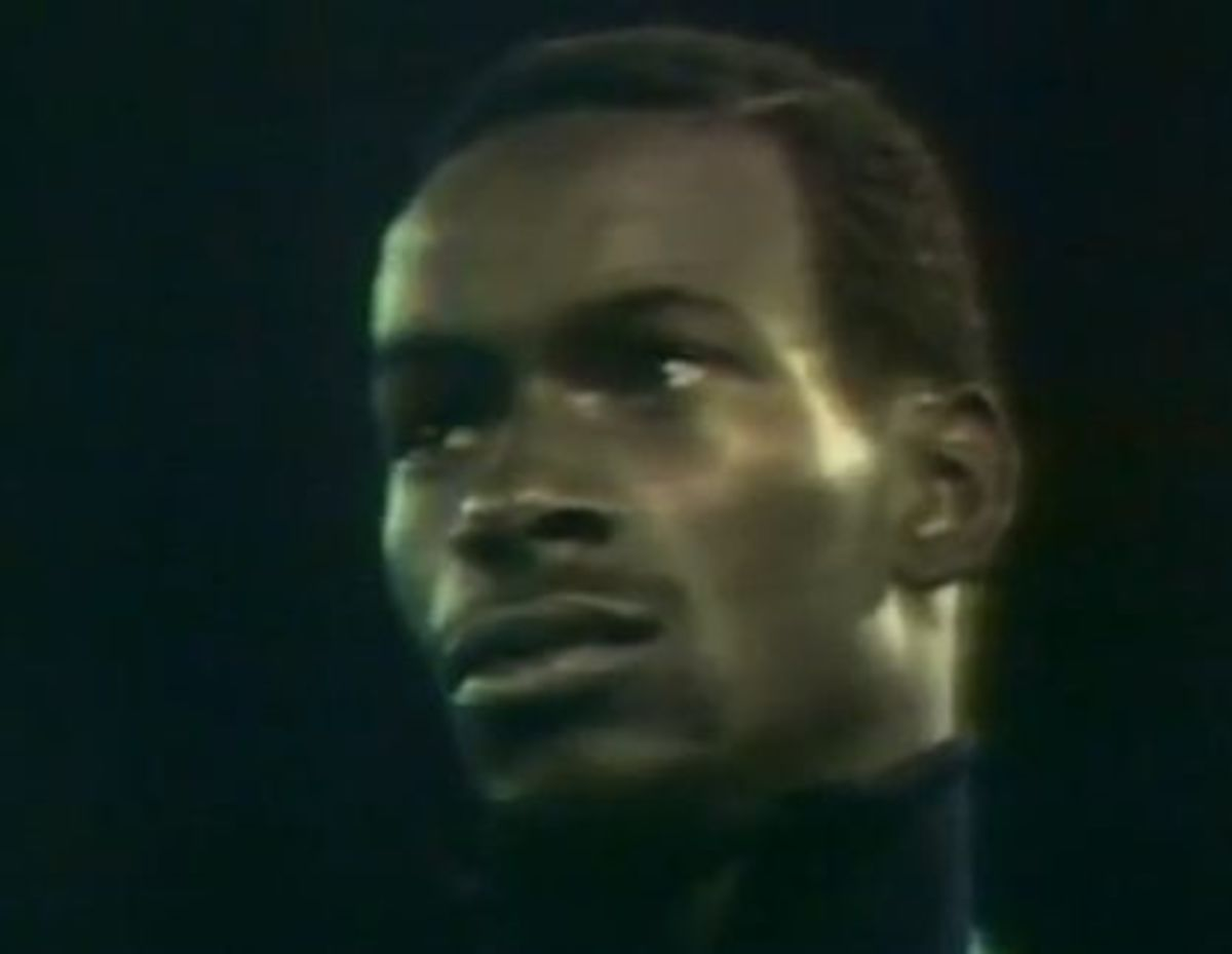 Bob Beamon on the medal podium at the 1968 Olympic Games