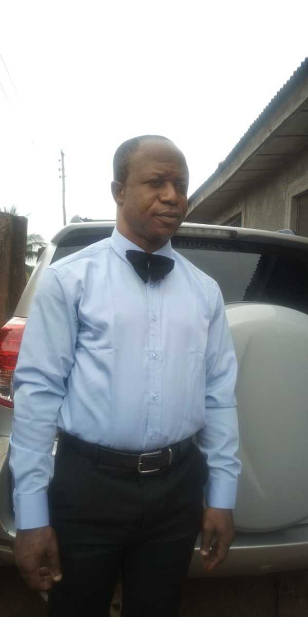 Dr. Edward Henry-Gbemi, Coach and Medical Doctor of the Local Team