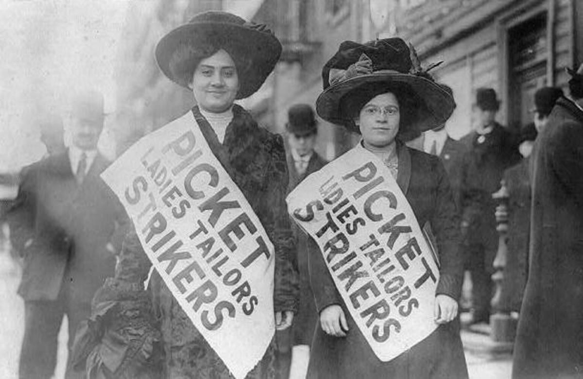 Garment workers strike NYC 1910