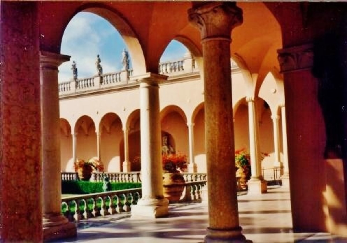 Partial view of interior courtyard of the Ringling Museum of Art in Sarasota, Florida