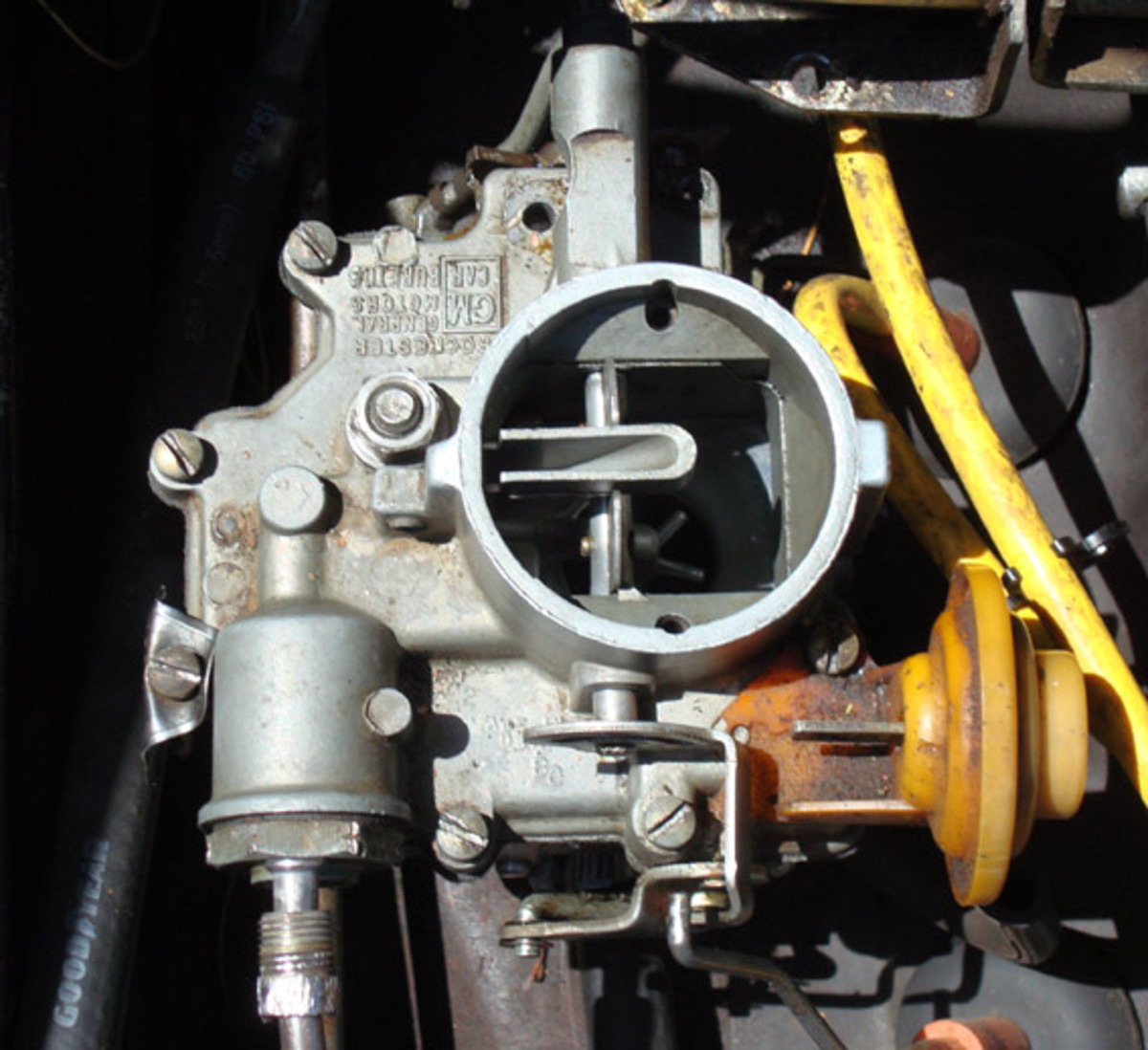 Cleaning the Chevrolet Corvair Carburetor