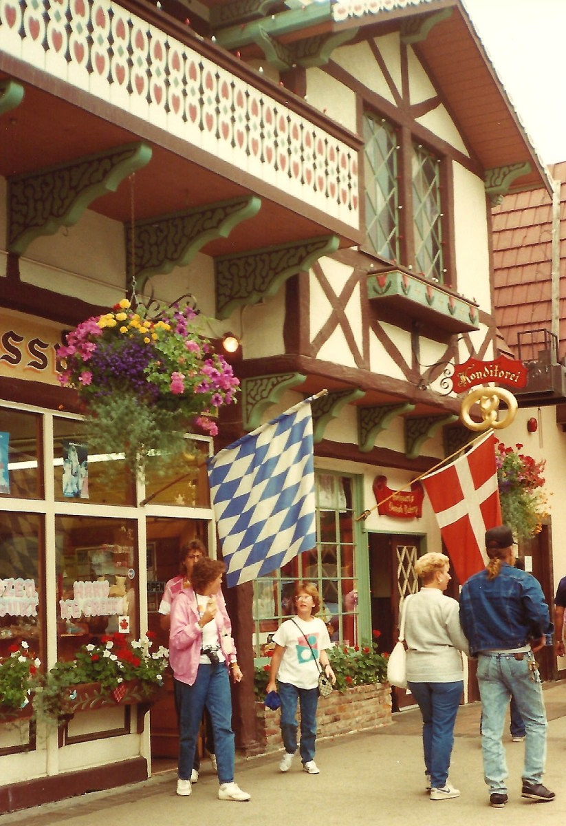 Street scene in Leavenworth, Washington