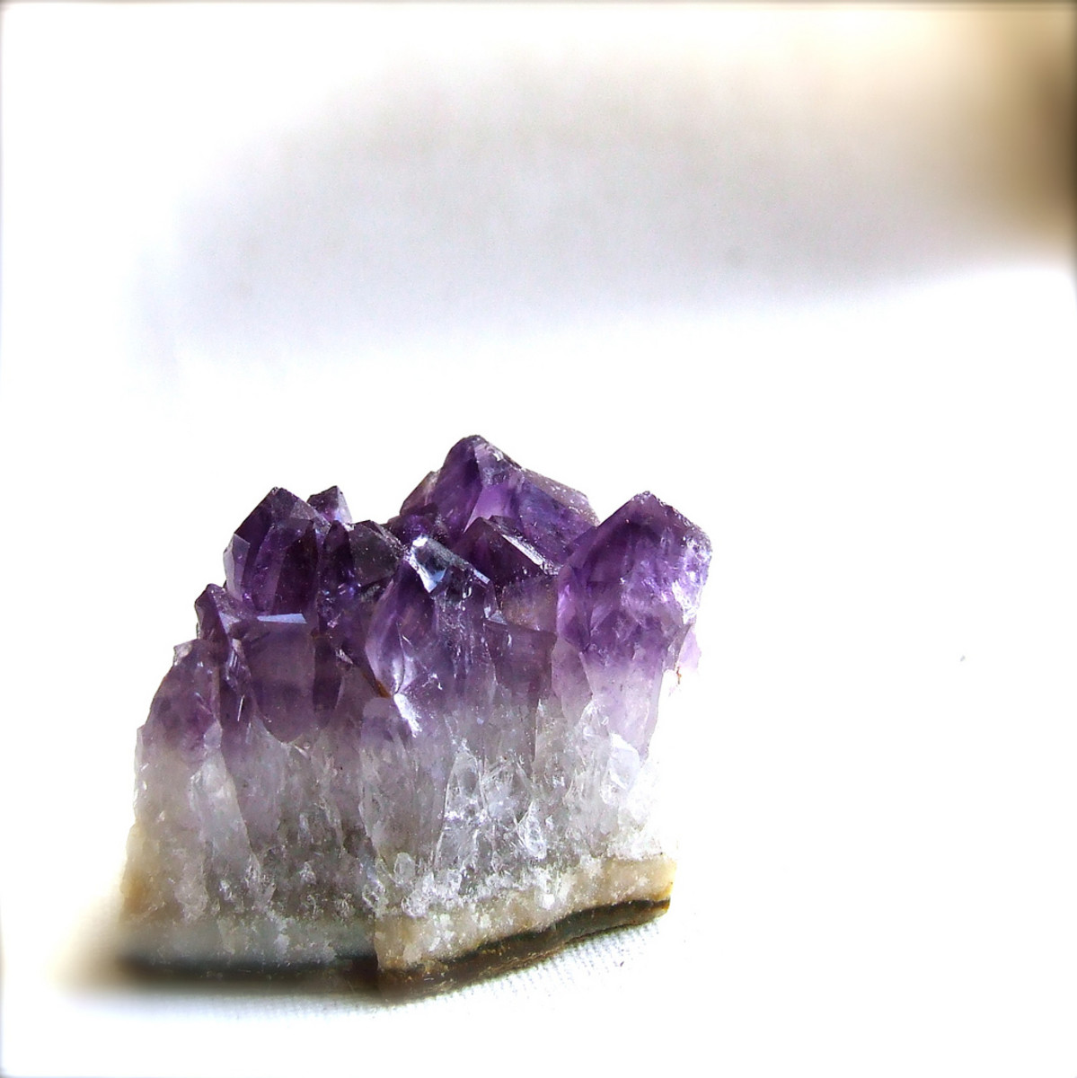 Raw and polished crystals can be used in healing.