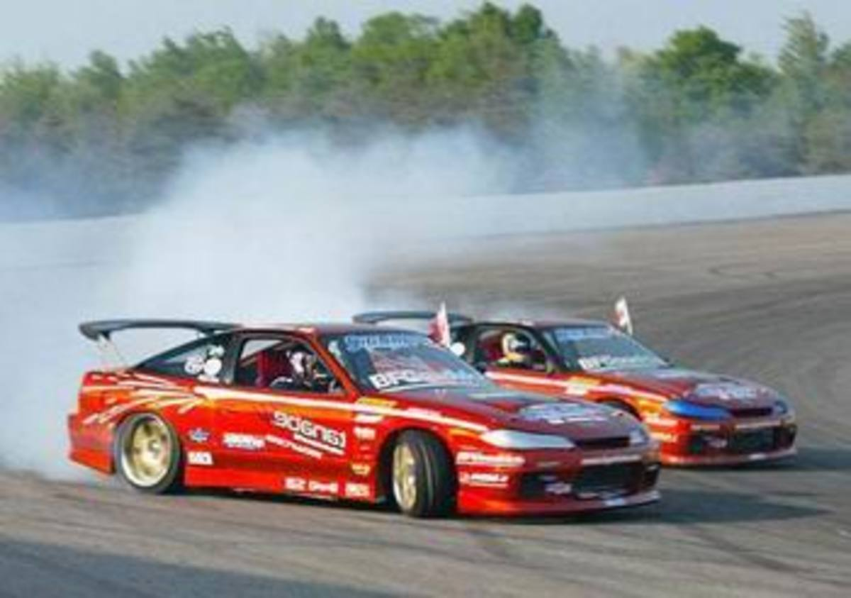Drifting cars pictures