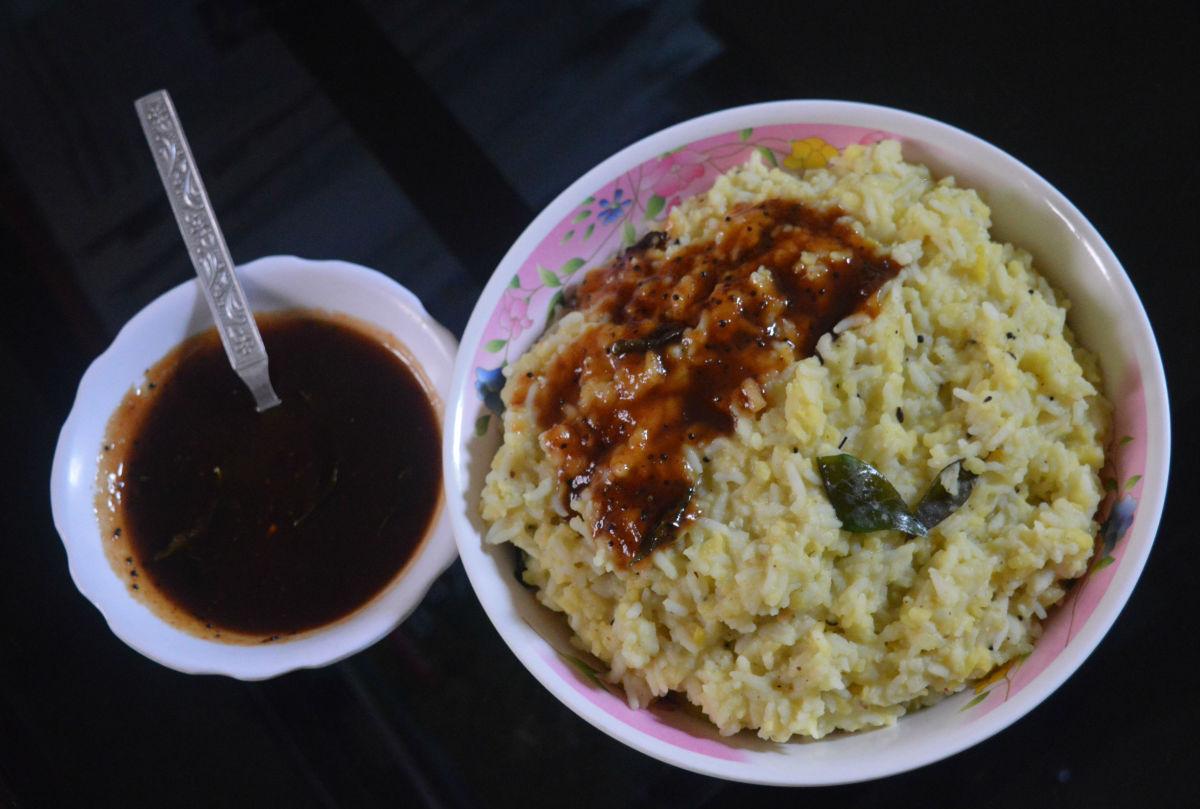 Khara pongal (spicy pongal or mung bean rice)