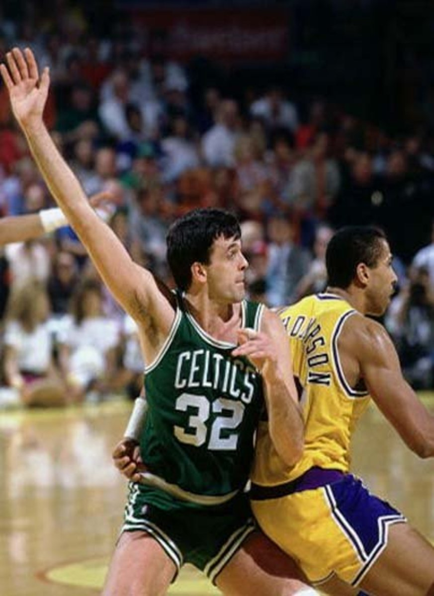 "Legend has it that Kevin McHale, one of the best power forwards of all time who stood at 6'10"", had one of the longest wingspans in NBA history at almost 8'0""."