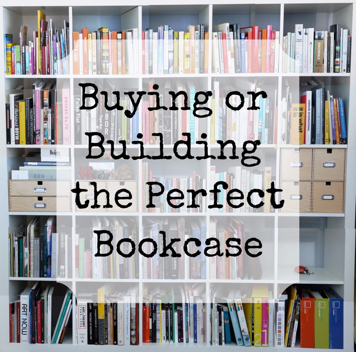 Which Bookcase Do You Need? Calculate the Capacity of a Book Shelf