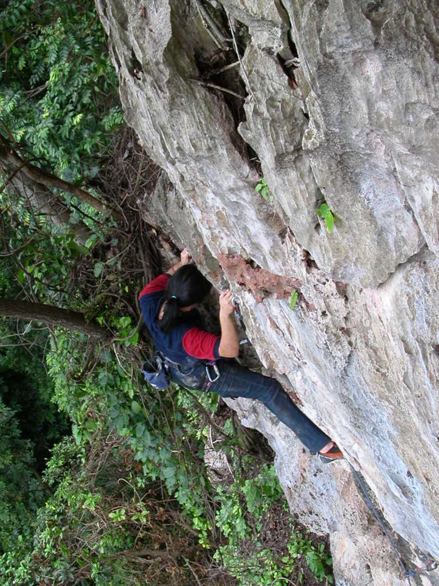 10 Tips on How to Improve Your Rock Climbing Ability