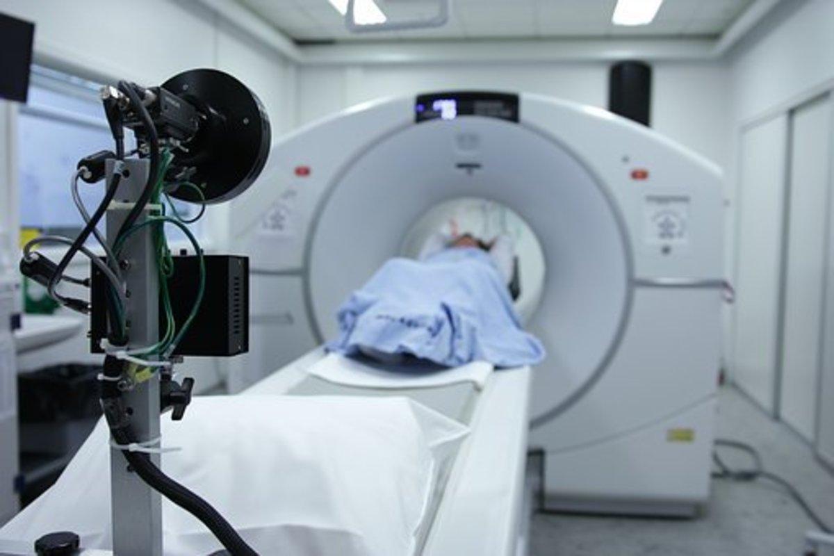 PET/CT scan hospital equipment