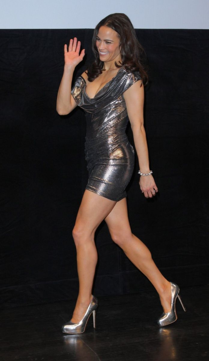 Paula Patton fabulous toned legs in a silver mini dress and matching pumps