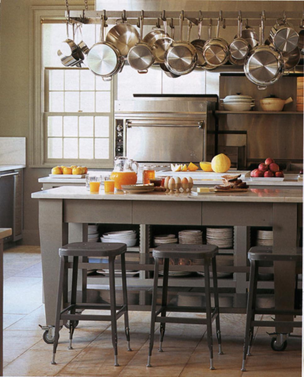 Little ideas for a small kitchen dengarden for Cocina con desayunador pequeno