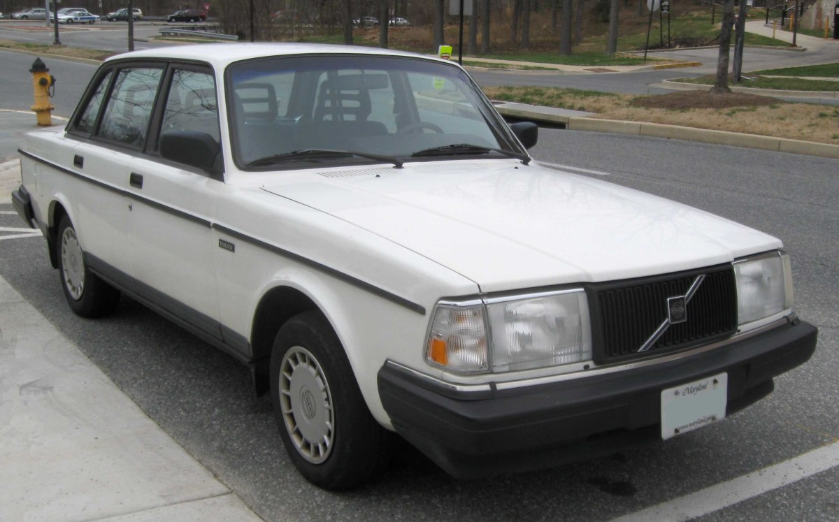 Can't Afford a New Car? 10 Cheap Old Cars That Will Last Forever