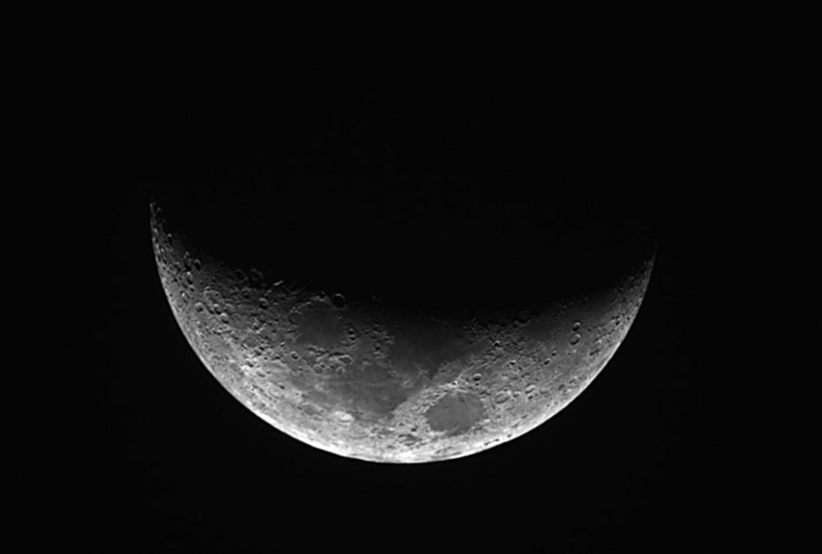 Lao Folktales : The Crescent Moon Comb
