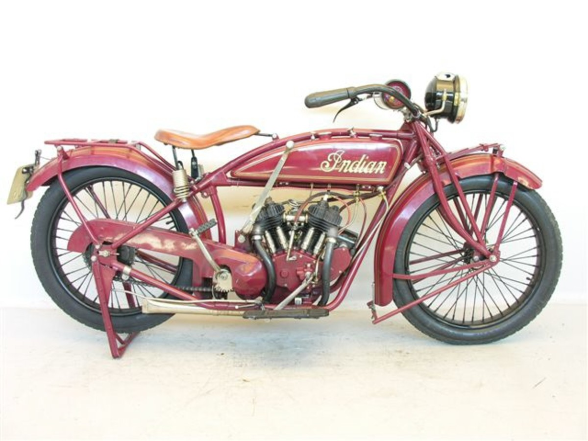 Top 10 Coolest Vintage American Motorcycles