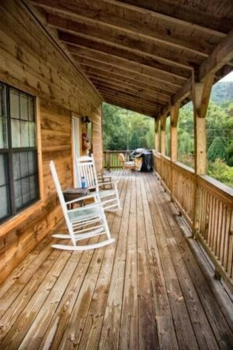 Vacation Home = Escape!              Image courtesy of Bowlingranny/morguefile.com