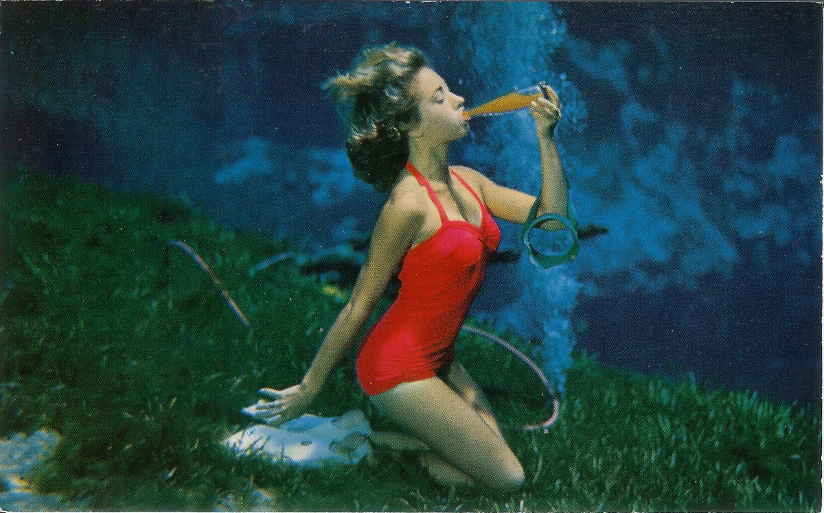 Vintage Postcards showing Underwater Mermaids from Weeki Wachee, Florida