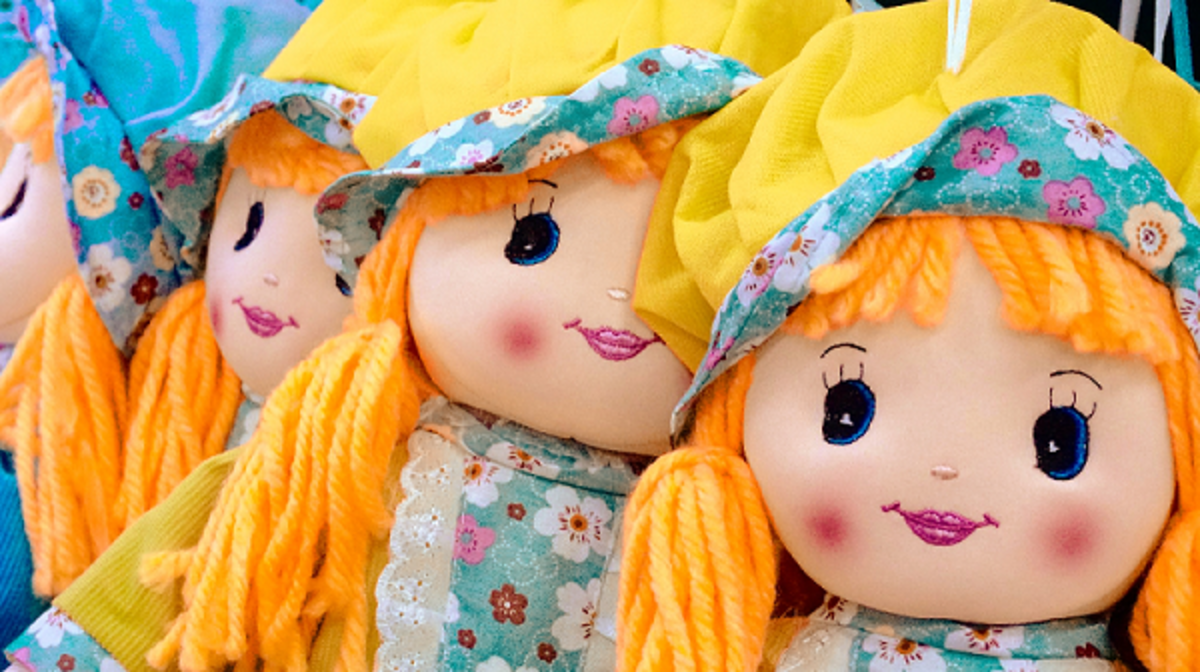 How to Make Rag Dolls Hair With Yarn, Rags, or Mohair