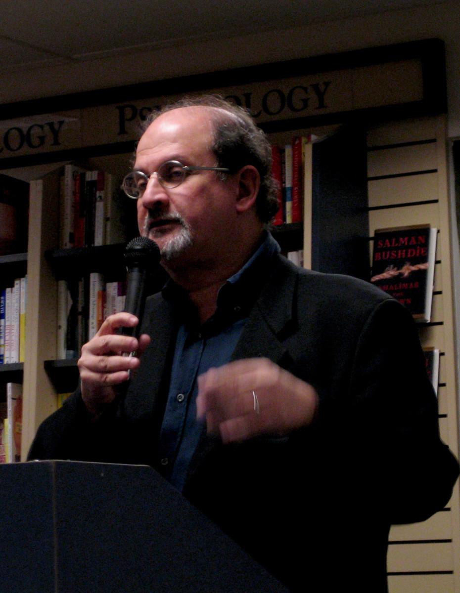Plot Summary and Analysis of The Free Radio by Salman Rushdie