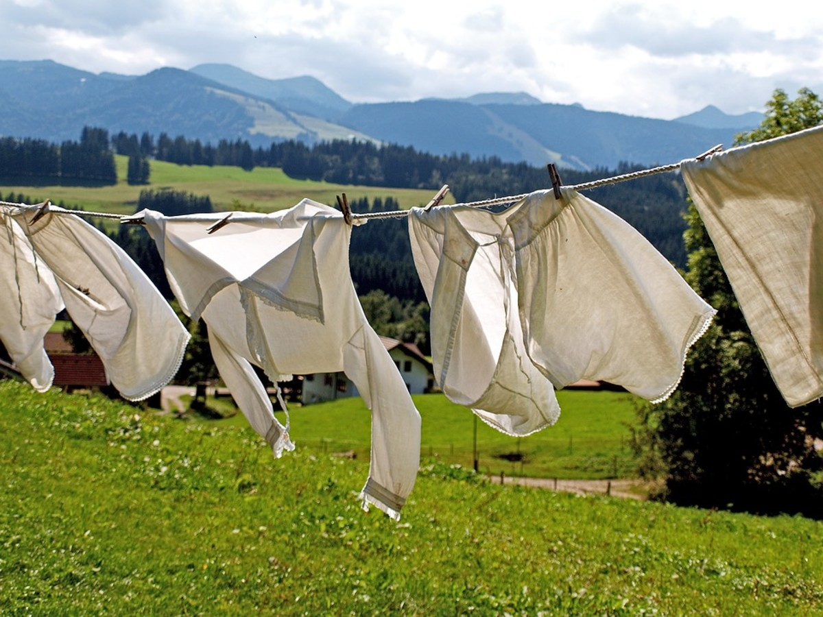 How to Dry Clothes in Humid Weather