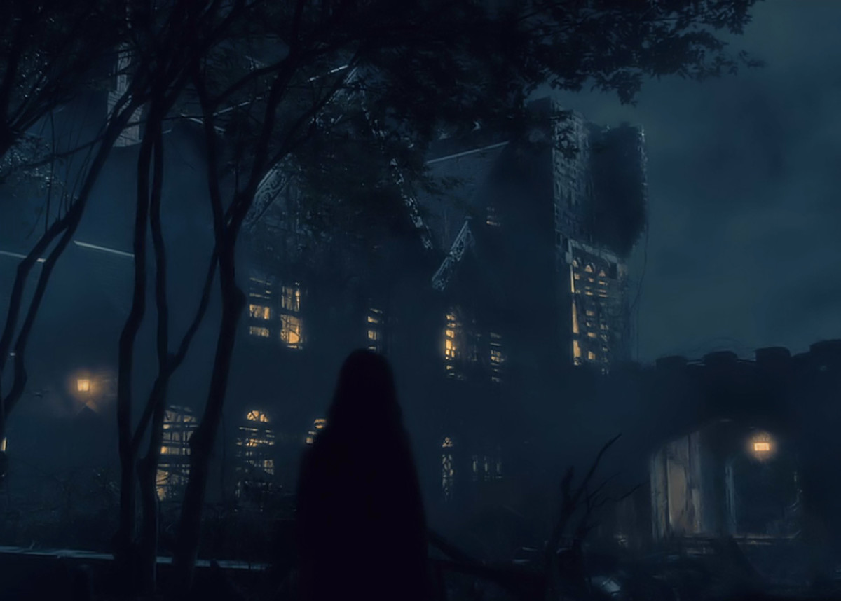 Nell returns to Hill House.  'The Haunting of Hill House'  season 1 (2018), a Netflix Original Series.