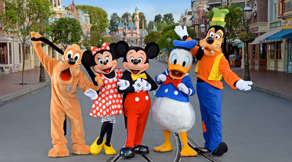 Three Main Airport Options for Visiting Disneyland