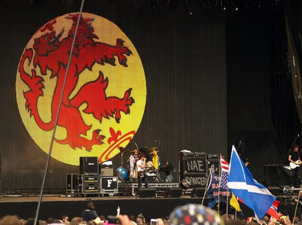15 of the Top Famous Scottish Bands of All Time
