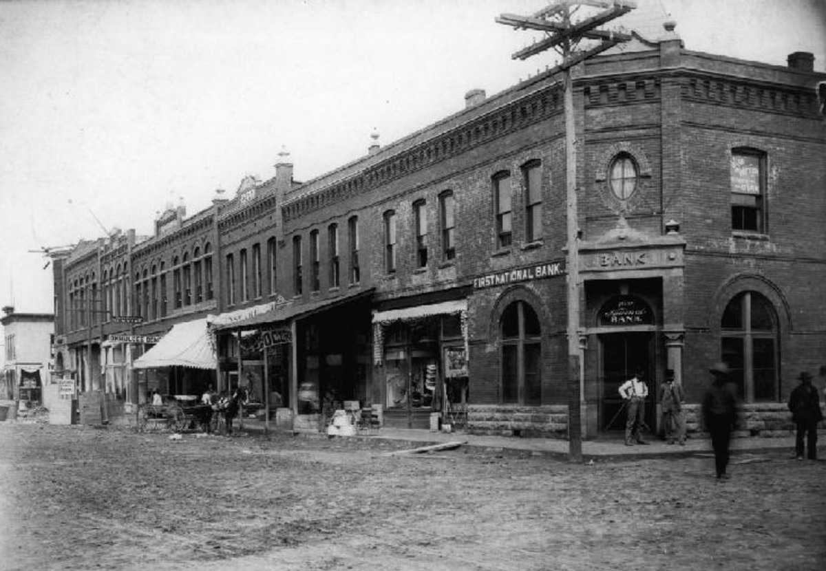 Okmulgee Street Scene - Early 1900's.