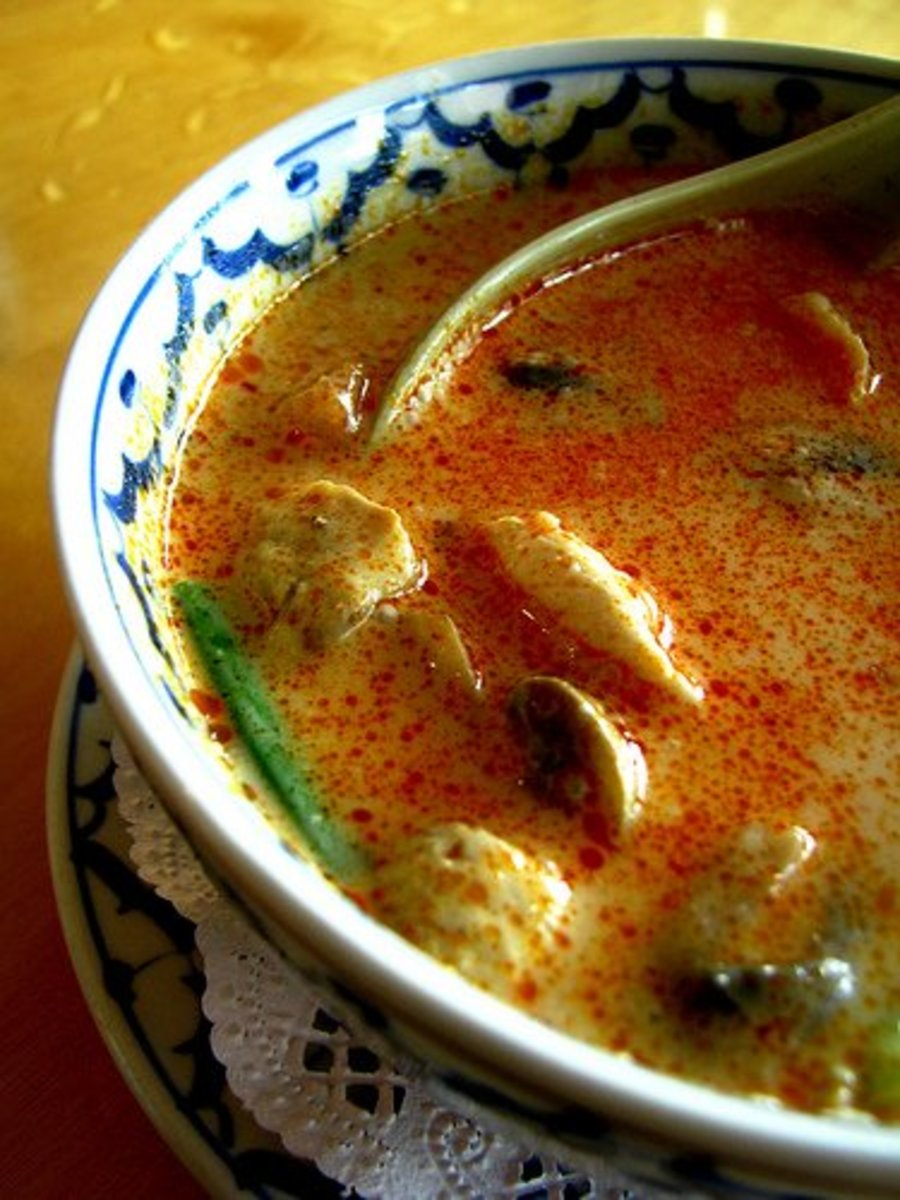 Tom yum gai thai spicy chicken soup recipe delishably for Ably asian cuisine