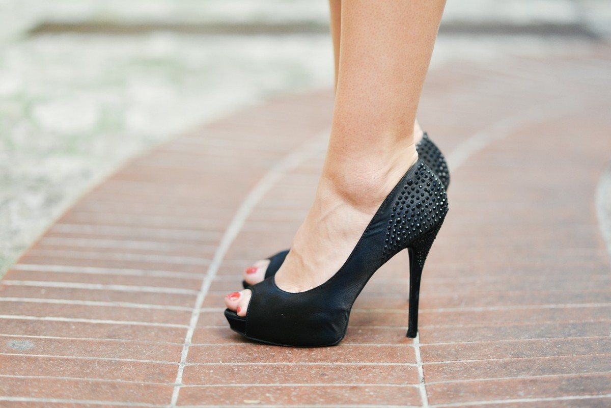 Can Wearing High Heeled Shoes Cause Morton's Neuroma Surgery?