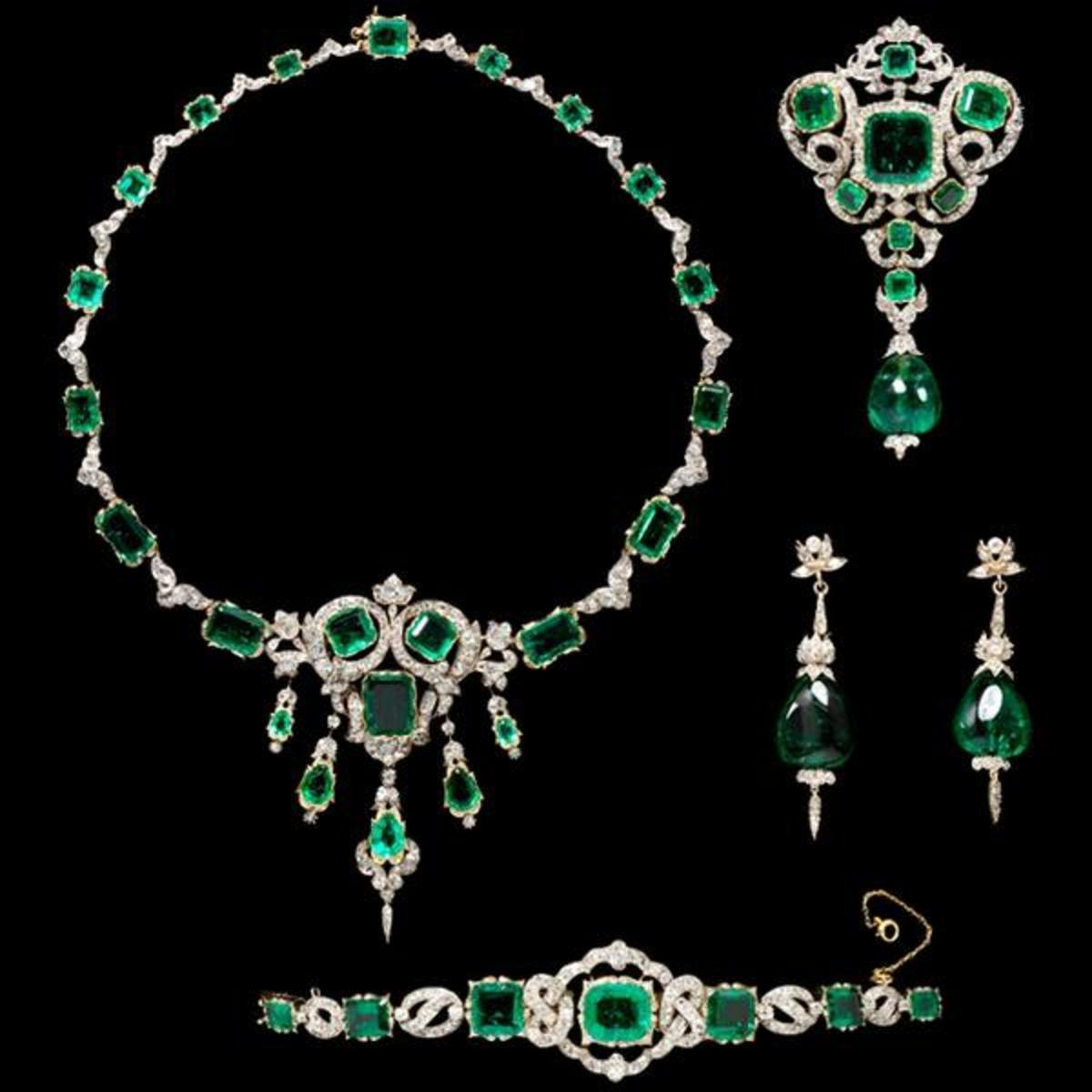 Emeralds: Facts, History, and Legendary Gems