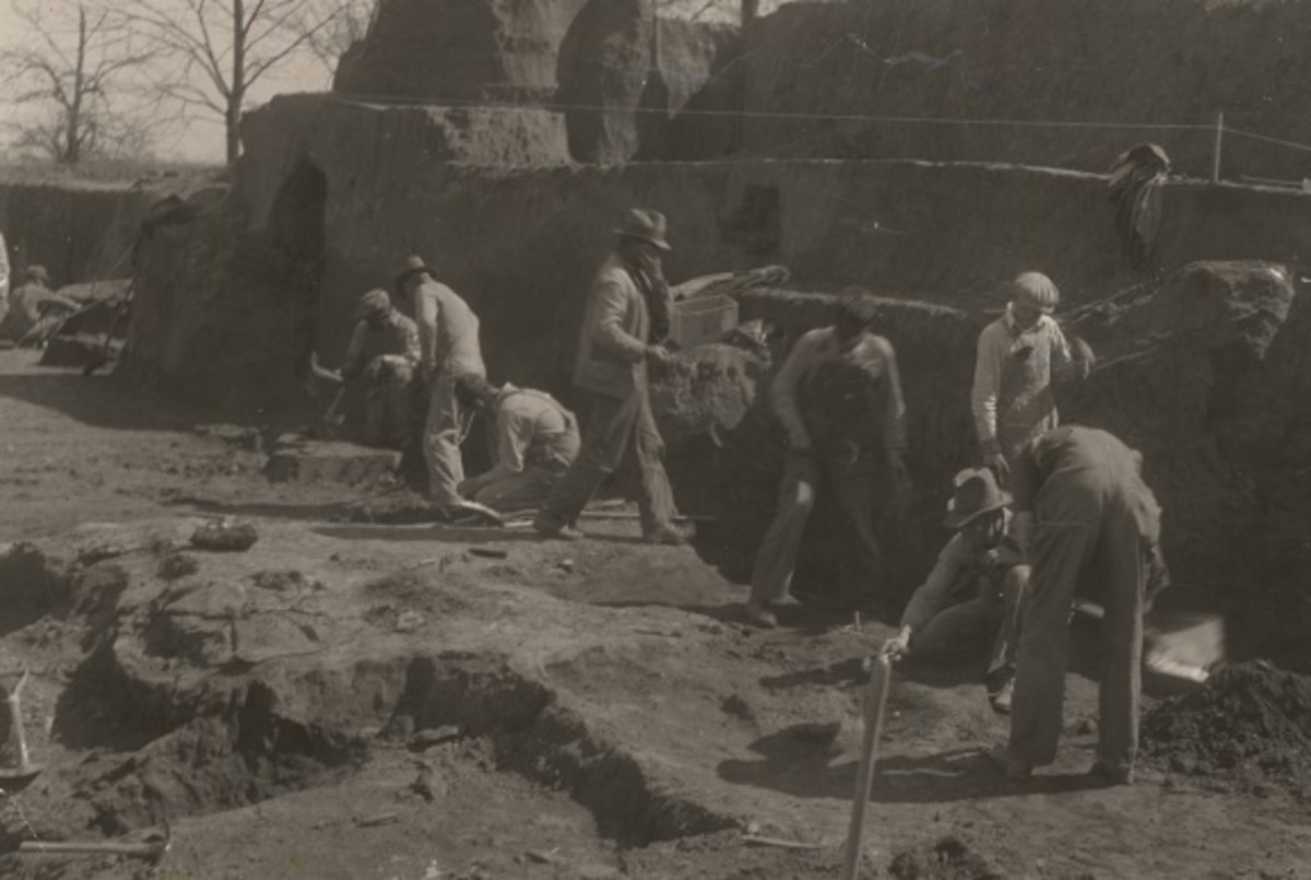 W.P.A. Excavations at Spiro Mounds