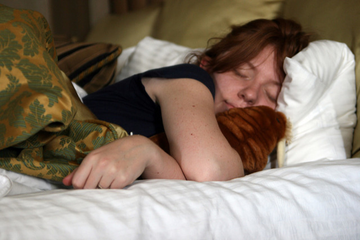 The Vibrating Pillow Alarm Clock for A More Gentle Start to the Day