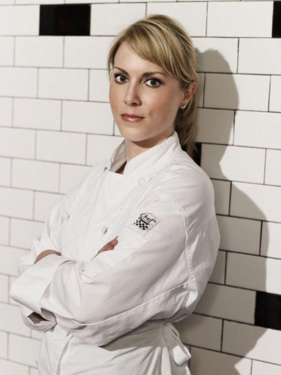 5 Beautiful Girls From Gordon Ramsay S Hell S Kitchen 3rd Edition Reelrundown