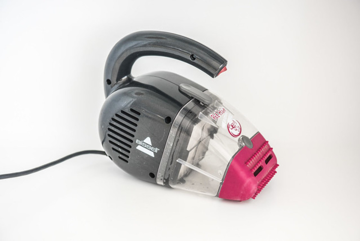 How to Choose a Rechargeable Hand Vacuum