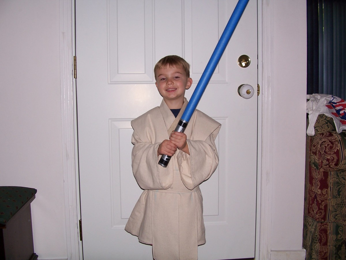 How to Make a Low-Budget DIY Lightsaber for Kids