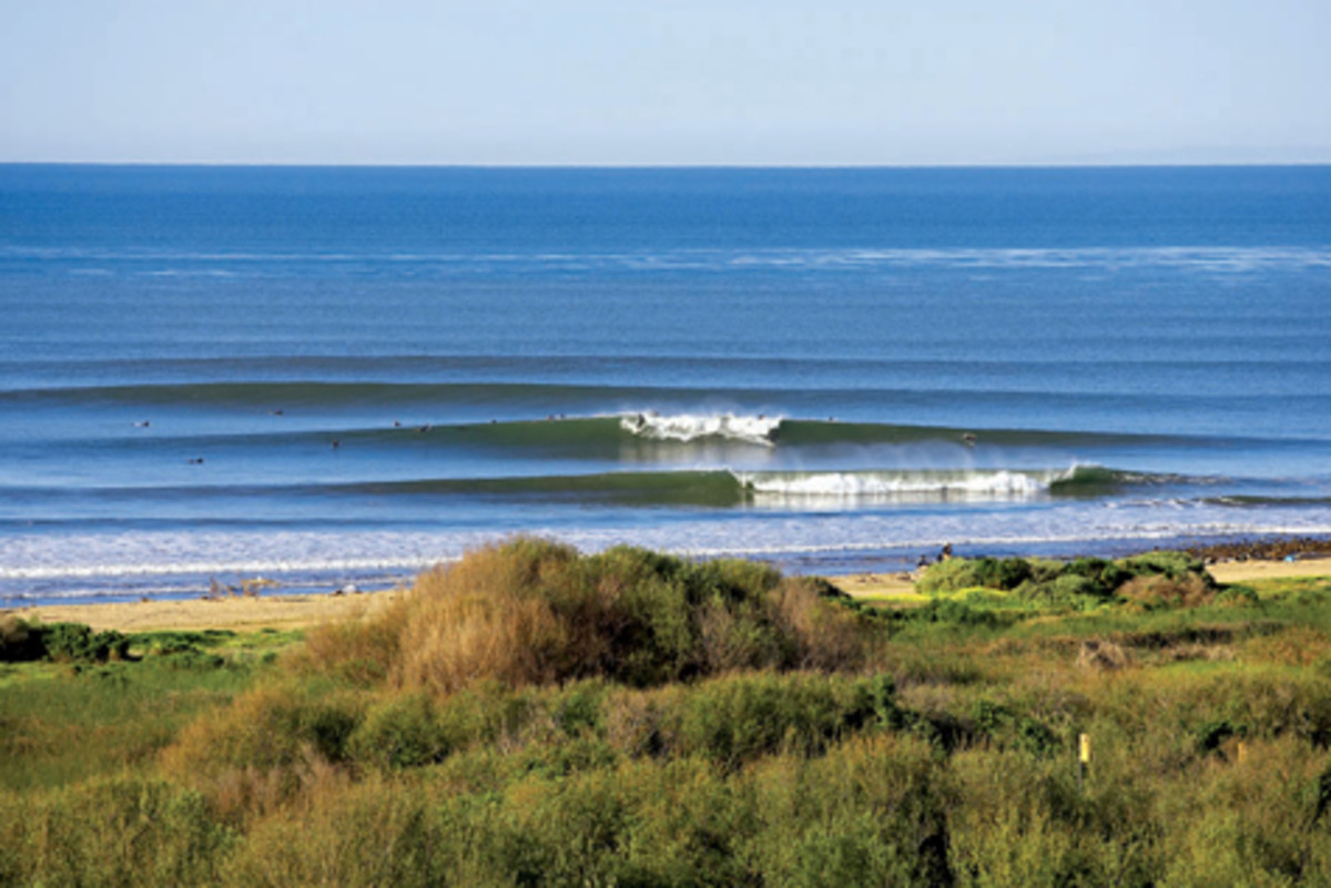 The 10 Best Spots to Surf in California